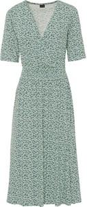 Zielona sukienka bonprix midi w stylu casual z krótkim rękawem