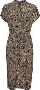 Sukienka Vero Moda z krótkim rękawem w stylu casual