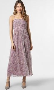 Różowa sukienka Vila maxi z dekoltem w karo na ramiączkach