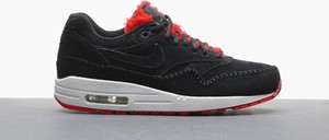 Buty sportowe Nike z płaską podeszwą air max z zamszu