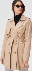 Płaszcz Sinsay w młodzieżowym stylu