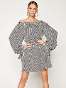 Sukienka Silvian Heach w stylu casual