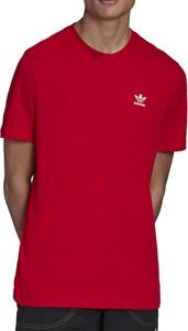 Czerwony t-shirt Adidas w sportowym stylu z dzianiny
