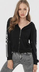 Czarna bluza born2be krótka w stylu casual
