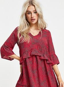 Sukienka Vero Moda mini z dekoltem w kształcie litery v w stylu casual