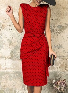 Sukienka Sandbella z okrągłym dekoltem bez rękawów