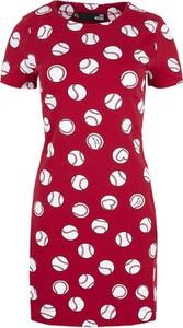 Czerwona sukienka Love Moschino z krótkim rękawem