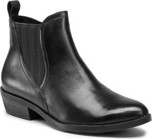 Czarne botki Marco Tozzi z płaską podeszwą w stylu casual