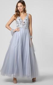 Niebieska sukienka Unique na ramiączkach z tiulu z dekoltem w kształcie litery v