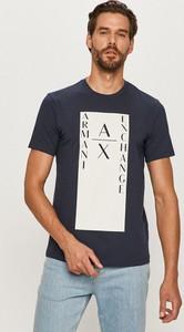 T-shirt Armani Exchange w młodzieżowym stylu z dzianiny