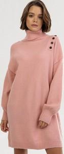 Różowa bluzka born2be w stylu casual z długim rękawem