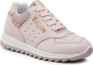 Różowe buty sportowe dziecięce Primigi dla dziewczynek