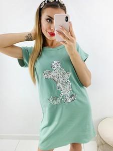 Zielona sukienka Novvi.pl prosta w stylu casual