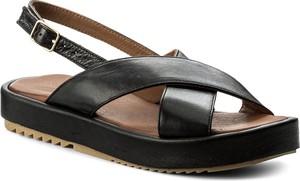 Sandały inuovo na platformie