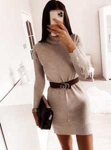 Sukienka Pakuten z golfem