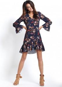 Sukienka Ivon mini z tkaniny z długim rękawem