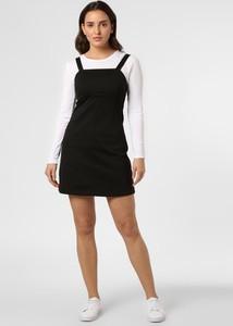 Czarna sukienka Calvin Klein na ramiączkach z dekoltem w karo