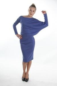 Sukienka Sylwia Snoch z dżerseju asymetryczna midi