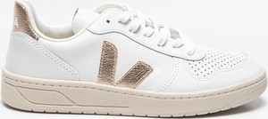 Buty sportowe Veja ze skóry z płaską podeszwą