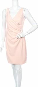 Różowa sukienka Eliza bez rękawów
