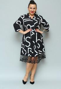 Sukienka KARKO z dekoltem w kształcie litery v z tkaniny z długim rękawem