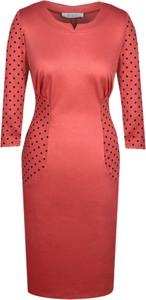 Czerwona sukienka Fokus z dekoltem w kształcie litery v ołówkowa w stylu klasycznym