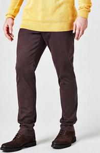 Brązowe spodnie Guess