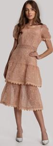 Pomarańczowa sukienka Renee z krótkim rękawem z okrągłym dekoltem midi