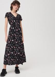 Sukienka Sinsay z dekoltem w kształcie litery v maxi z krótkim rękawem