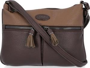 Brązowa torebka David Jones matowa z frędzlami przez ramię
