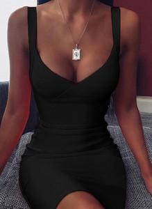 Czarna sukienka Cikelly na ramiączkach mini dopasowana