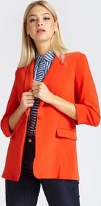 Pomarańczowa marynarka Guess z tkaniny na guziki