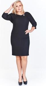 Czarna sukienka Fokus z długim rękawem z tkaniny