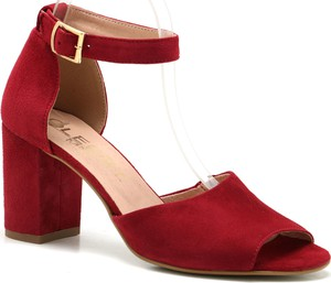 d8ef29a8 Czerwone buty damskie Oleksy wyprzedaż, kolekcja lato 2019