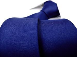 Granatowy krawat Dunpillo