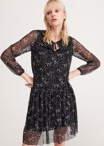 Sukienka Reserved z żabotem w stylu casual