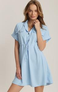 Niebieska sukienka Renee w stylu casual z krótkim rękawem