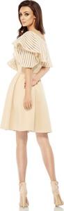 Sukienka Lemoniade z asymetrycznym dekoltem z krótkim rękawem