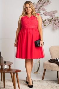 Czerwona sukienka KARKO dla puszystych z dekoltem w kształcie litery v bez rękawów