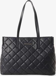 Czarna torebka Valentino z haftem