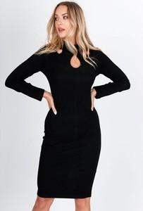 Czarna sukienka Royalfashion.pl midi z golfem