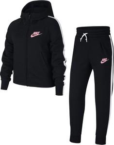 Dres dziecięcy Nike z tkaniny