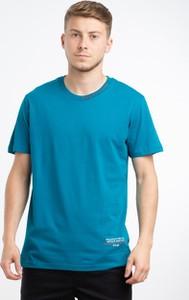 Niebieski t-shirt BREEZY z bawełny z krótkim rękawem