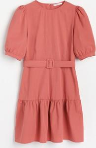 Różowa sukienka Reserved trapezowa mini