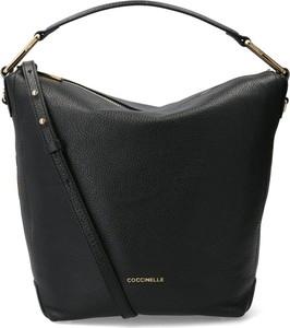 fd6c0cdd916cc Czarna torebka Coccinelle ze skóry w stylu casual na ramię