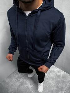 Niebieska bluza ozonee.pl w młodzieżowym stylu