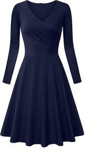 Niebieska sukienka Cikelly z dekoltem w kształcie litery v rozkloszowana