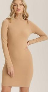 Sukienka Renee mini dopasowana z długim rękawem
