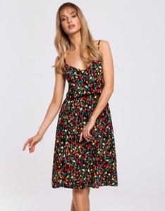 Sukienka MOE na ramiączkach z dekoltem w kształcie litery v