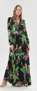 Czarna sukienka born2be kopertowa w stylu boho z długim rękawem